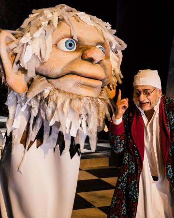 """Puppenbau der Geister für Landestheater Coburg """"Eine Weihnachtsgeschichte"""", Regie: Philipp Löhle"""